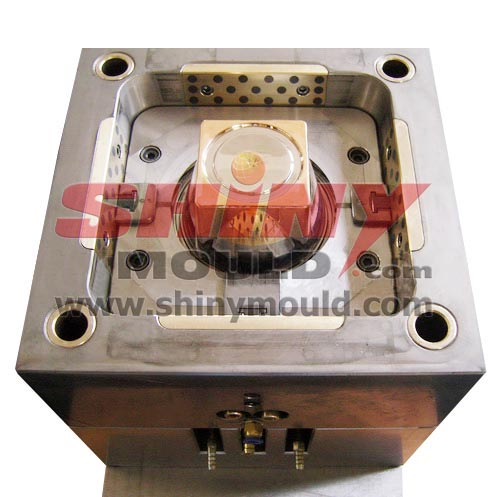 plastic container mould with copper 01